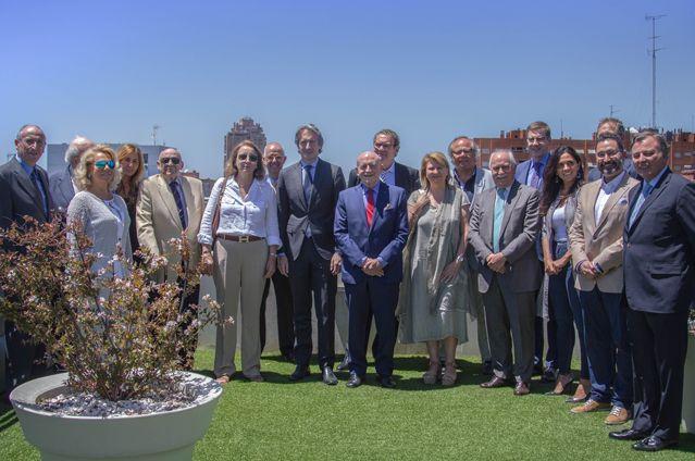 La Mesa del Turismo se reúne con el Ministro de Fomento
